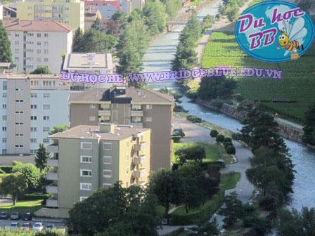 Du học Thụy Sĩ: Mời các bạn thăm thành phố Martigny và du học tại trường Vatel cùng BB Edelweiss công ty Cầu Xanh.