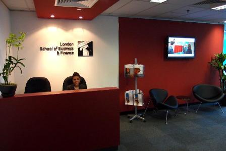 Du học Singapore: Trường LSBF Anh quốc tại Singapore