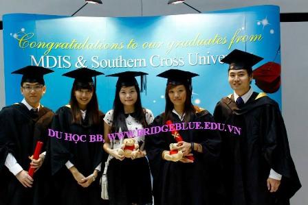 Kinh nghiệm du học Singapore: Khó khăn, trải nghiệm và sự trưởng thành