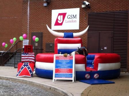 Du học Anh: Trường Greenwich School of Management (GSM) học tập tại trung tâm London