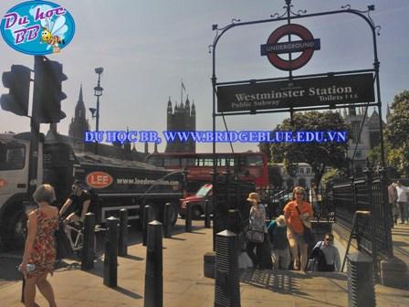 Du học Anh, Học bổng hấp dẫn trường Ealing Hammersmith and West London college: cánh cổng để học lên cao hơn nữa cho HSSV Việt Nam du học Anh Quốc