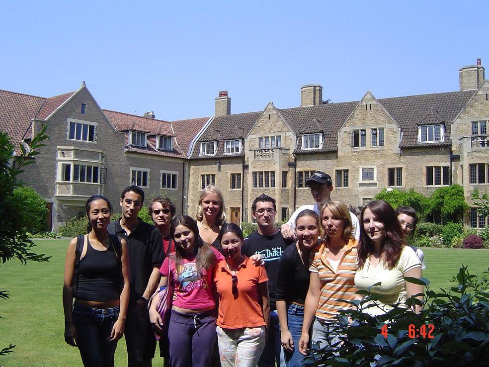 Du học Anh: Trường Bellerbys College –Đào tạo PTTH, A level và dự bị hàng đầu thế giới (có học bổng)!