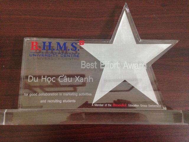 Giải thưởng Best Effort Award do trường BHMS trao tặng