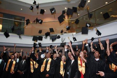 Du học Thụy Sĩ, trường EU, quản trị Kinh doanh, tài chính, ngân hàng, MBA nhiều chuyên ngành