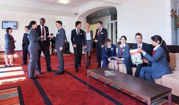 Chương trình hè: Hai tuần nhập môn ngành Du lịch khách sạn