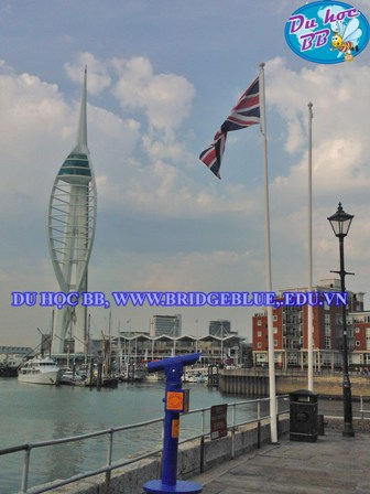Spinnaker Tower.jpg
